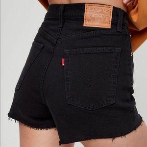 NWT Levi's Denim Ribcage Shorts